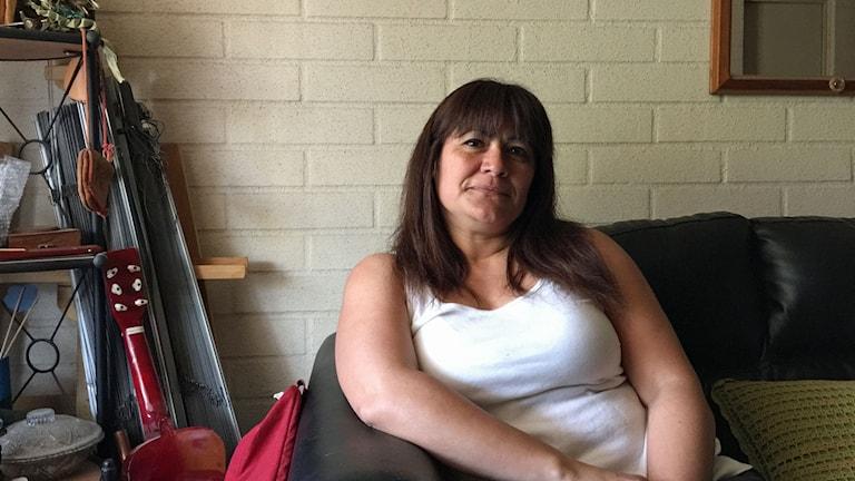 Paola Valenzuela tvingades bära sitt döda foster nästan hela graviditeten eftersom abort var totalförbjudet i Chile, oavsett omständigheter. Idag är det lagligt vid fara för kvinnans liv, vid våldtäkt och vid allvarlig fosterskada.