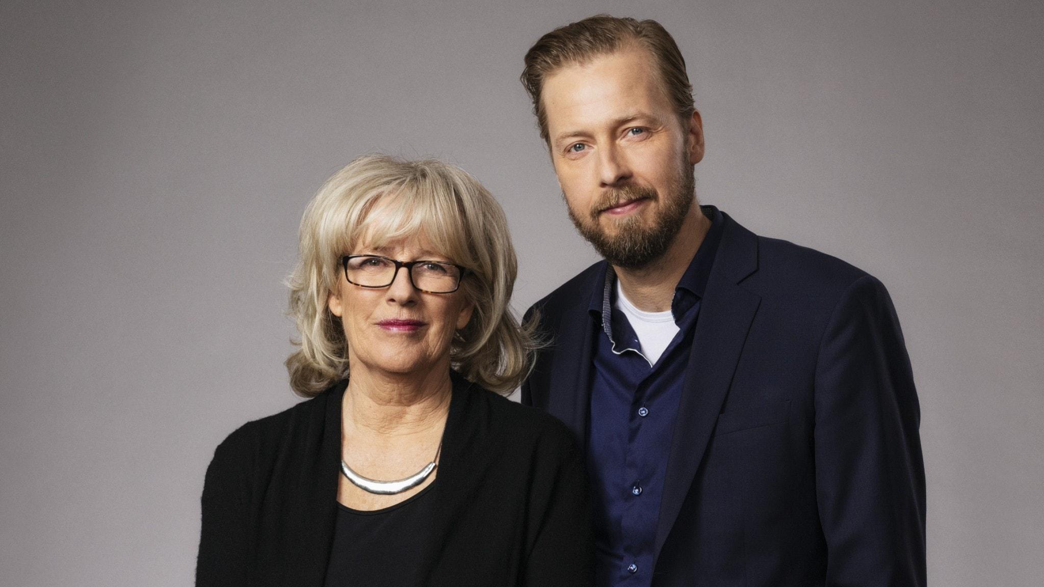 Studio Etts programledare Helena Groll och Magnus Thorén.