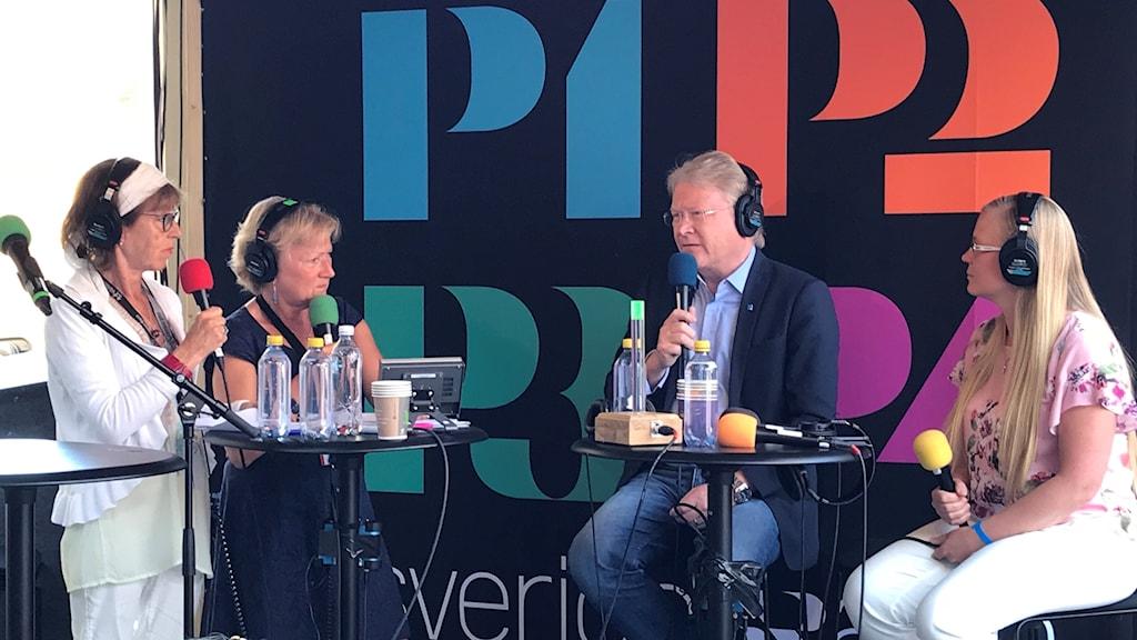 Lars Adaktusson (KD) och Julia Kronlid (SD) i debatt om kristna värderingar.