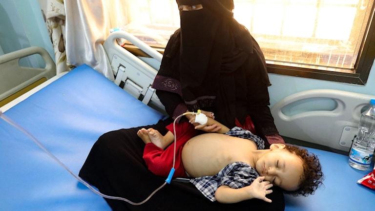 Redan före coronapandemin beskrev FN landet som skådeplatsen för världens svåraste humanitära kris.