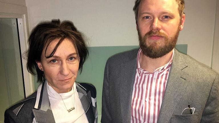 Björn Jerdéb, Utrikespolitiska institutets Asienprogram, och Jessica Stierlöf Walker, fru till Sveriges före detta ambassadör i Nordkorea Jerker Stiernlöf.