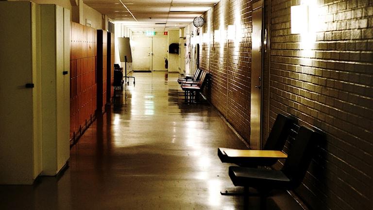 Anmälningarna som handlar om våld och hot i skolan till Arbetsmiljöverket har dubblerats på fem år.