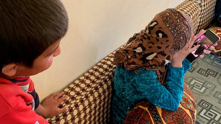 Haval och Zhyan - fd yezidiska barnslavar hos IS. Zhyan ville inte bli räddad...