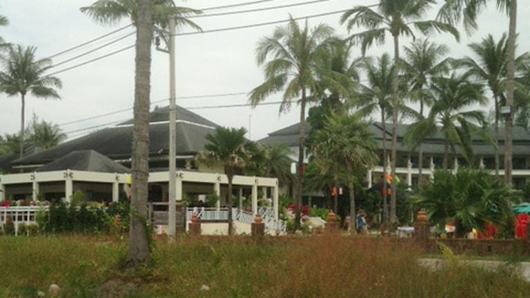 Stranden vid Orchid Beach Resort i Khao Lak där Sveriges ceremoni till tioårsminnet av flodvågskatastrofen sker på fredag. Foto: Karin Wickström/Sveriges Radio