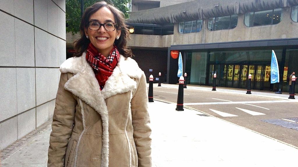 Lenore Skenazy bor i New York och driver bloggen Free Range Kids. Hon har skrivit en bok med samma namn. Foto: Nathalie Rothschild/Sveriges Radio