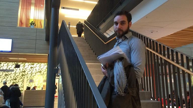 Hasan Bitar, på sjukhuset i Göteborg. Foto: Carina Holmberg/Sveriges Radio.