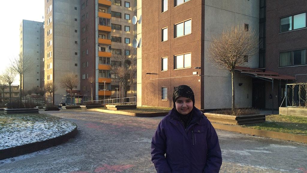 Jasmine Bakaeva, 12-årig krönikör på Södra sidan i Stockholm.