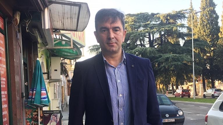 Oppositionsledaren Nebojsa Medojevic hävdar att regeringen iscensatte kuppen för att säkra en valseger.