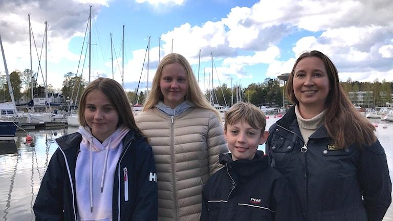 Ines, Emma, Amos och Susanna Osalo i Esbo.