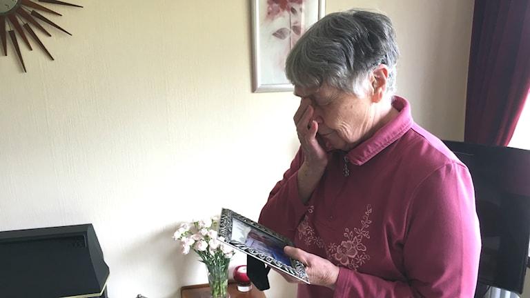 """""""Mary"""" i Inverness Skottland kände sig enormt ensam efter att maken gick bort ."""