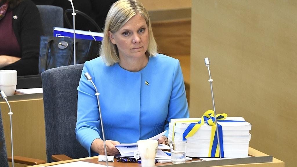 Finansminister Magdalena Andersson (S) med 2021 års budget.
