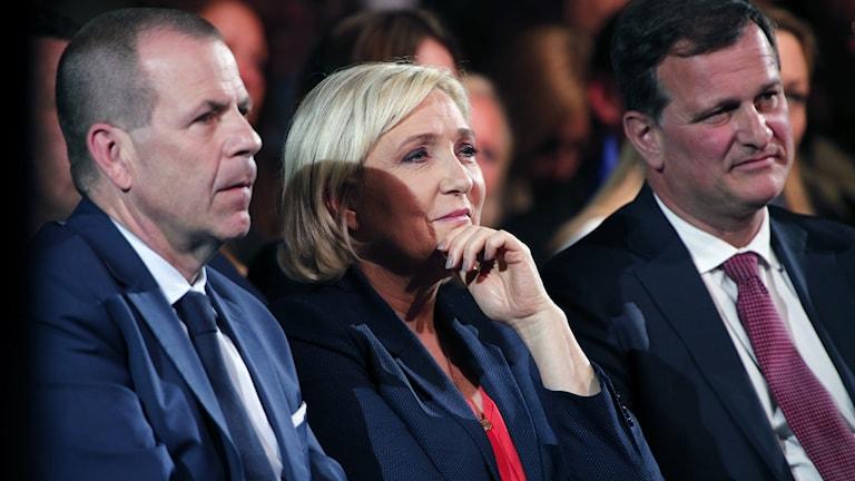 Harald Vilimsky, Marine Le Pen och Louis Aliot.