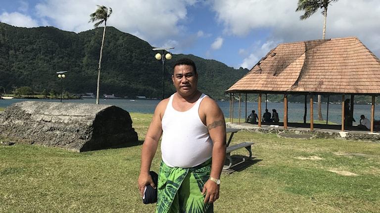 Många här på Amerikanska Samoa är feta konstaterar fembarnspappan Pasta, de dricker för mycket läsk, tror han.