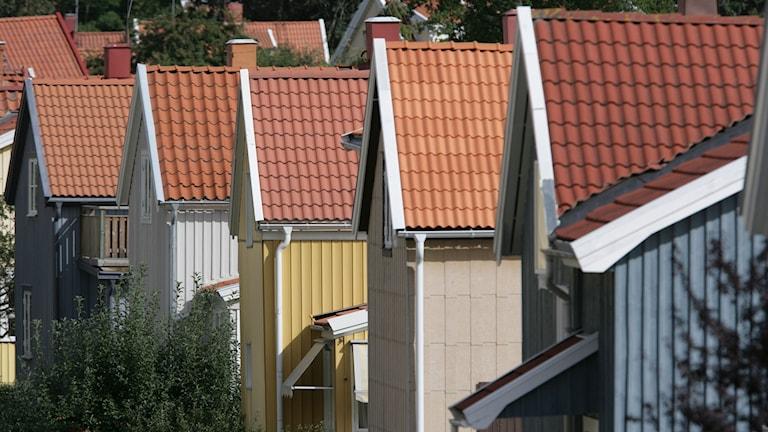 Hus på rad i Ängby, Stockholm.