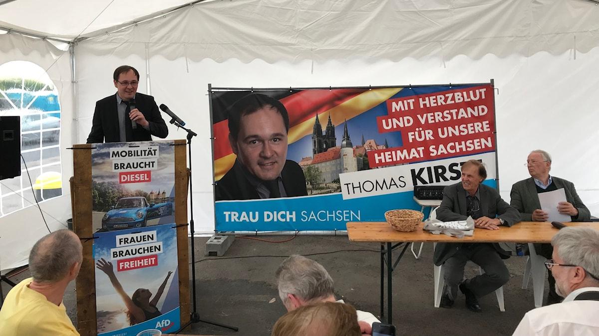 AfD-möte i Meissen. Lokale Thomas Kirste är stolt över att partiledaren Alexander Gauland th är på plats.