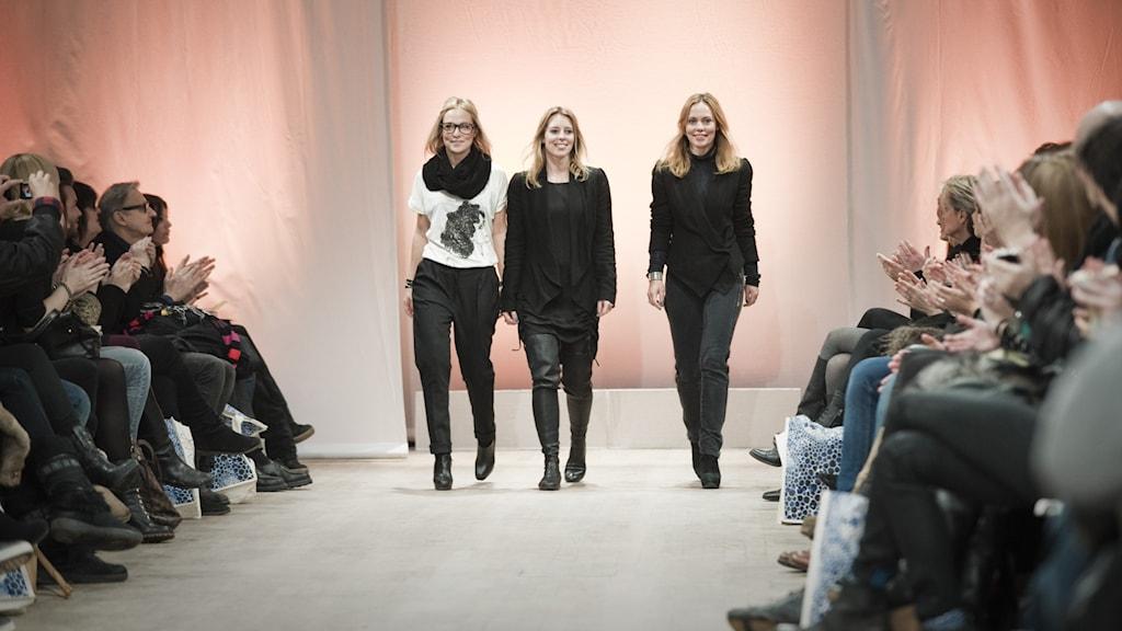 Systrarna Sofia Malm, Karin Söderlind och Kristina Tjäder, som står bakom designermärket Dagmar