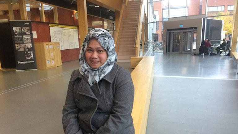 Jennifer Contreras har fått jobb på Linnéuniversitetet medan hon väntar på asylbesked.