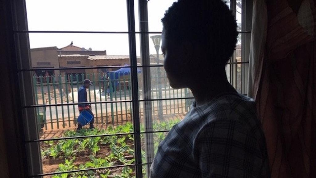 Amukela i kåkstaden Tembisa var 15 år när hon blev gravid. Hon är en av tusentals fall av tonårsgravida i pandemins spår i Sydafrika.