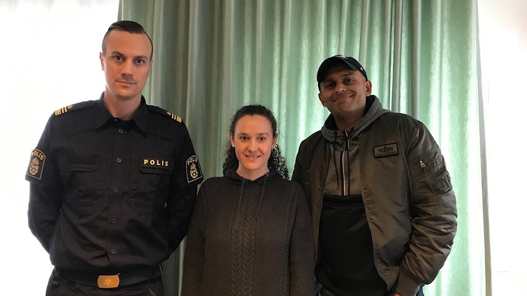 Polisens insatsledare Anders Olofsson, kriminalinspektör Simon Häggström och även Jasmina – som har lämnat sitt liv som prostituerad och nu arbetar med att hjälpa andra att göra detsamma.