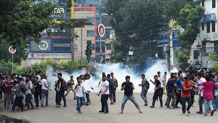 Demostrationer i Bangladesh.