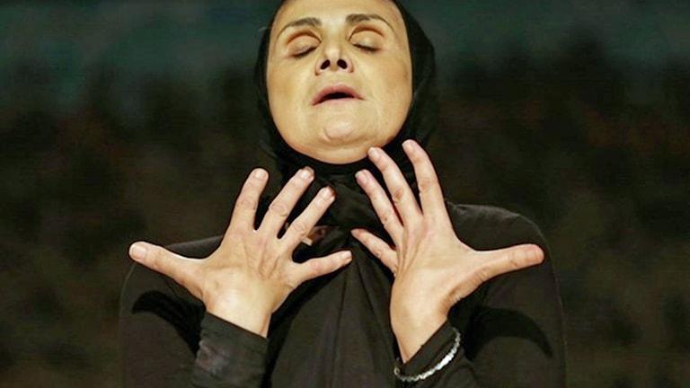 Hanane Hajj Ali, libanesisk dramatiker och skådespelare, ur pjässen Jogging.