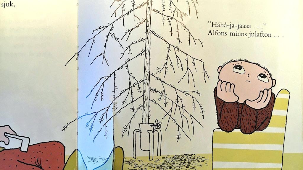 """Foto ur boken """"Lycklige Alfons Åberg"""", copyright, text och bild Gunilla Bergström 1984."""