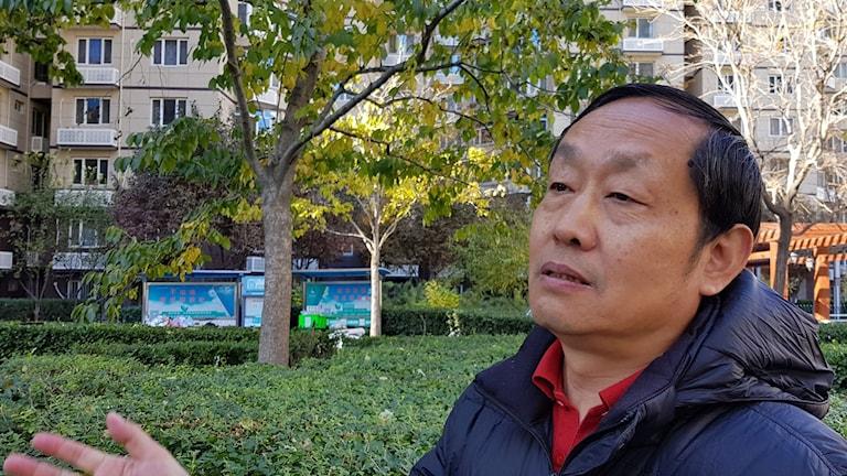 Professor Zhan Jiang kallar sig tvångspensionerad och beskriver den akademiska friheten på kinesiska universitet som relativ.