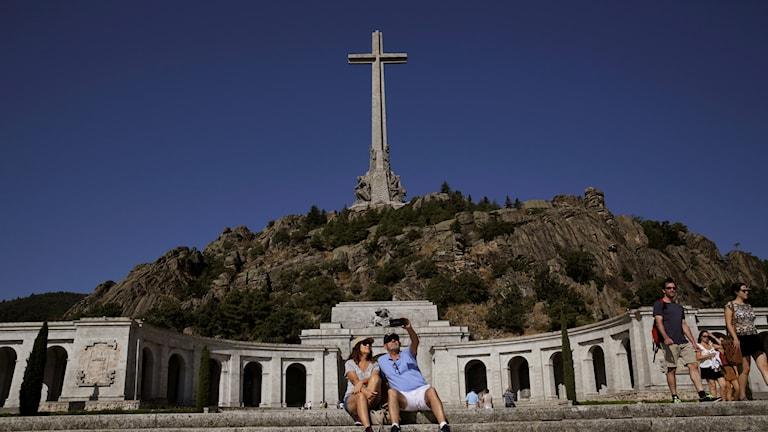 Basilikan i Madrid där Franco ligger begravd.