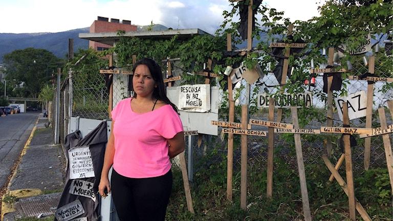 Luisa Castillos bror Miguel dog i protesterna i våras. Hon är besviken på oppositionen.