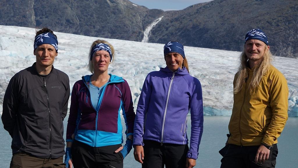 Nina Kirchner på Campen vid glaciärsjön Sulitelma. Från vänster: Sebastian Thuné, Nina Kirchner, Annika Granebeck,  Elias Strandell Erstorp.