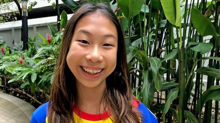 Lilly - Ralyn Satidtanasarn kallas för Thailands Greta Thunberg. Hennes engagemang startade för åtta år sen när hon var på semester i Pattaya och började plocka skräp och plast på stranden.