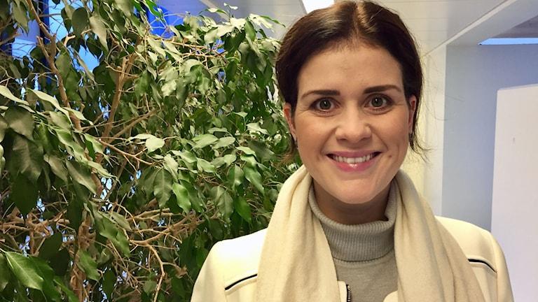 Island behöver utländska investeringar, men det krävs även vaksamhet och regler, enligt Islands turist- och industriminister Þórdís Kolbrún Gylfadóttir.