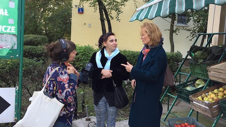 ) Trebarnsmamman Agnieszka är en av de föräldrar som får del av PiS-regeringens stora politiska satsning, barnbidraget på 500 zloty i månaden per barn.