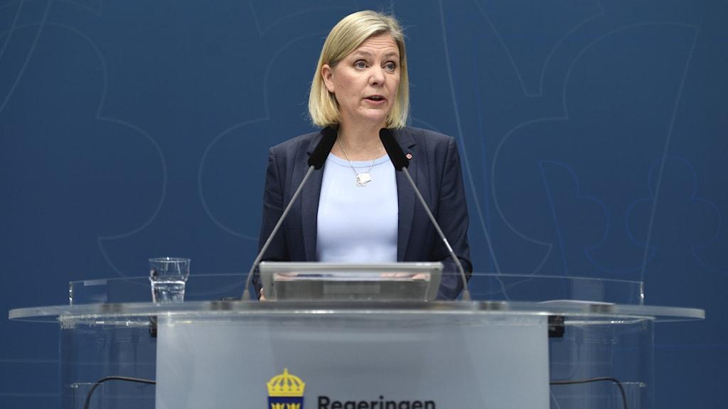 Finansminister Magdalena Andersson presenterar ett antal förändringar i systemet med samordningsnummer.