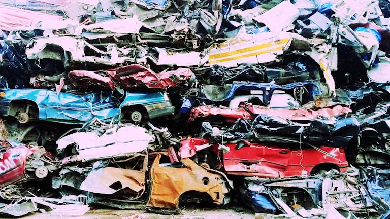 Bilden föreställer en bilskrot