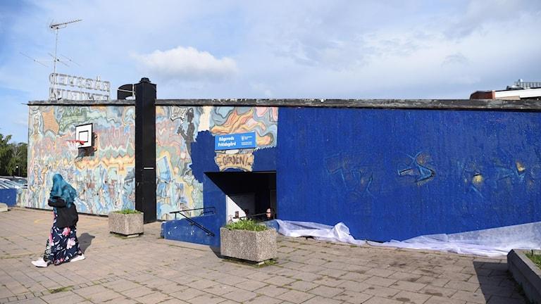 Den övermålade graffitiväggen i Rågsved.