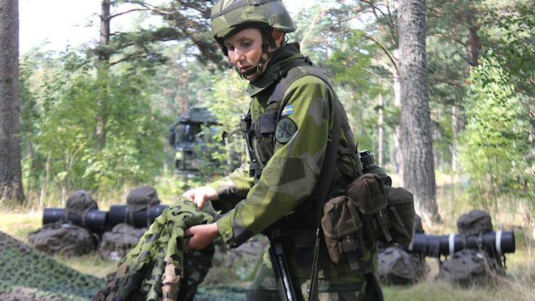 Anna-Klara Smedman i militäruniform