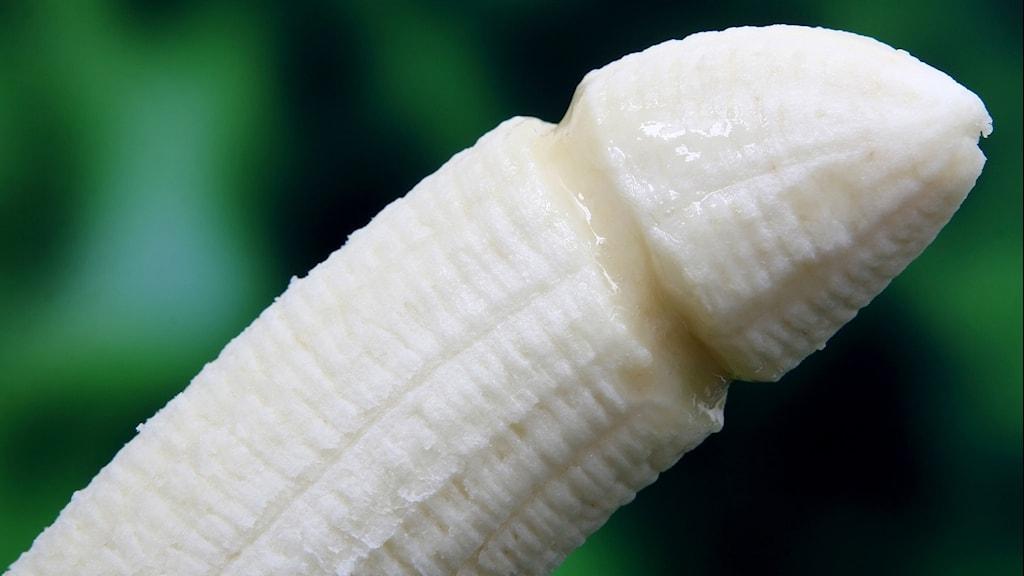 Bild på skalad banan.