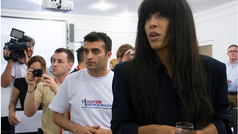 Rasul Jafarov som leder kampanjen Sing for Democracy, och Loreen. Foto: Civil Rights Defenders