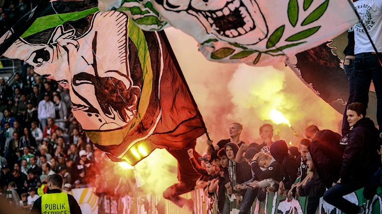 Fotbollssupportrarna från helgens match. Foto: Maja Suslin/TT
