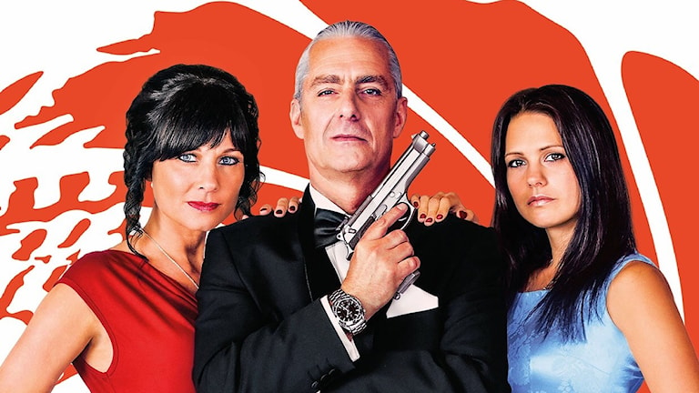 Sylvia Trench spelas av Maria Johansson, James Bond - Anders Cöster, Secret Agent - Johanna Johansson. Foto: Jerry Gladh Markaryd Photography AB och Lukas Pålsson,retuscherare