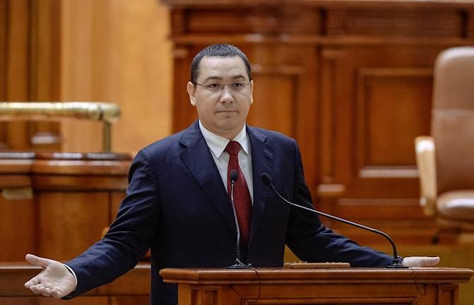 Victor Ponta och regeringen avgår.