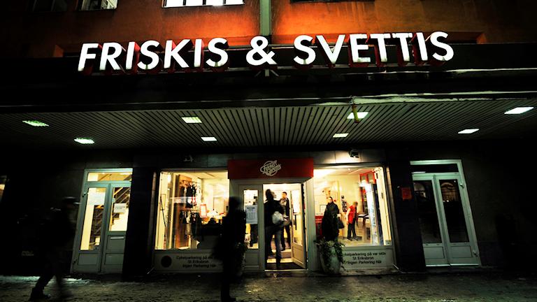 Friskis&Svettis i Stockholm delade ut gratis gymkort till ensamkommande unga. Foto: Yvonne Åsell/TT