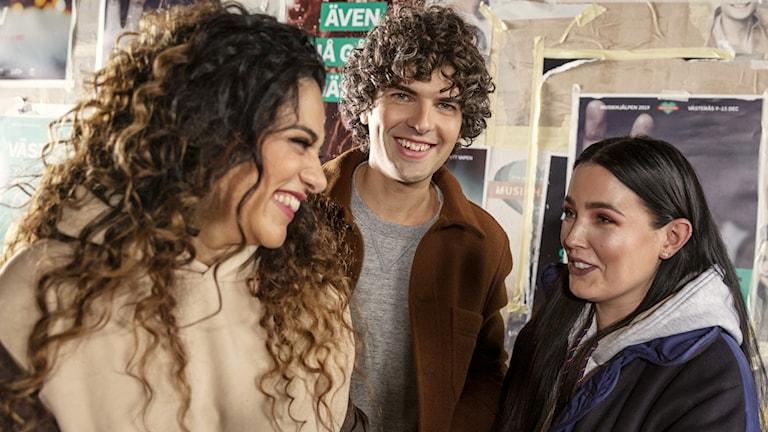 Trion som leder Musikhjälpen 2019 är artisten Miriam Bryant, P3-profilen Farah Abadi och komikern Daniel Hallberg.