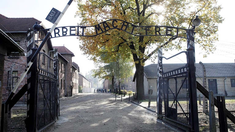 Ingången till förintelselägret Auschwitz