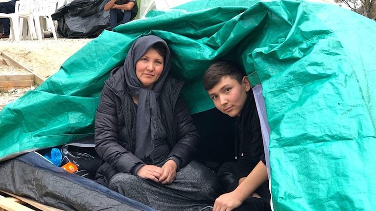 Bild på Saky och hans mamma