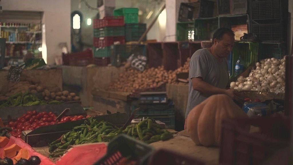 En av Tunis äldsta frukt- och grönsaksmarknader.