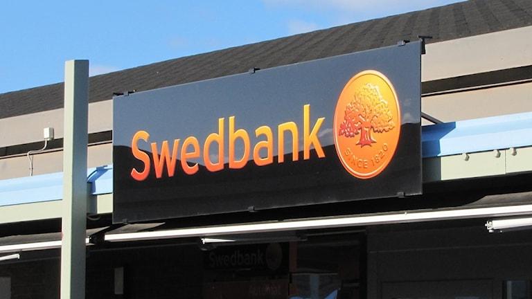 Skylten till Swedbanks kontor i Berga centrum i Kalmar. Foto: Niklas Kaldner / SR Kalmar