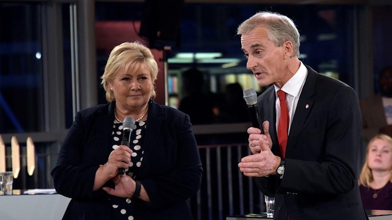 Statsminister Erna Solberg och utmanaren Jonas Gahr Støre.