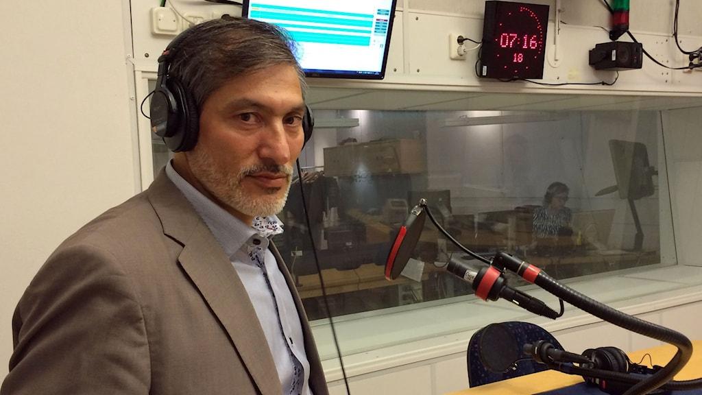 Hussein Asghari, vice ordförande i afghanska föreningen i Stockholm.